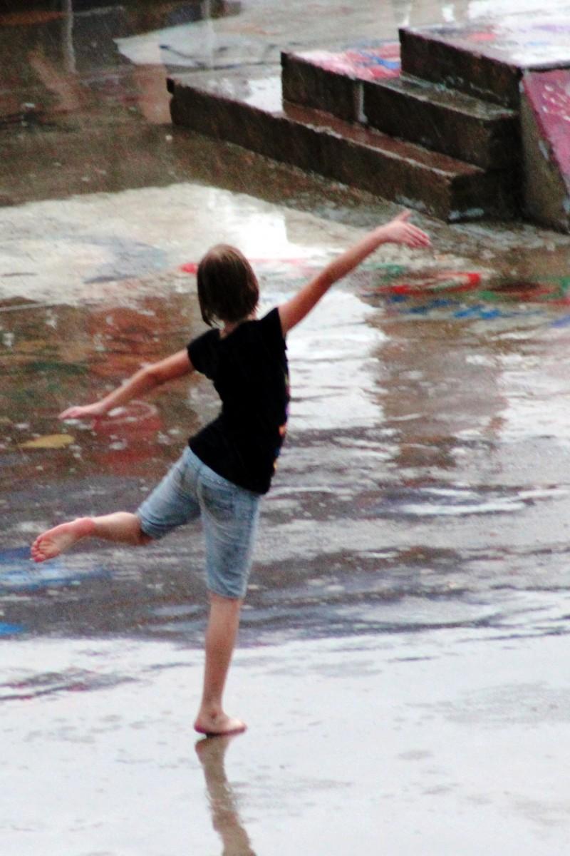 Foothills Fest Rain Dancer 20130615_065